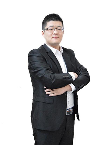 心专注寄宿考研名师王济深【  英语讲师】